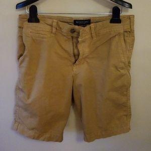 EUC Mens shorts American Eagle sz 30